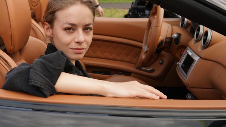 Женская реинкарнация полицейского с Рублевки: интервью с актрисой Риной Гришиной