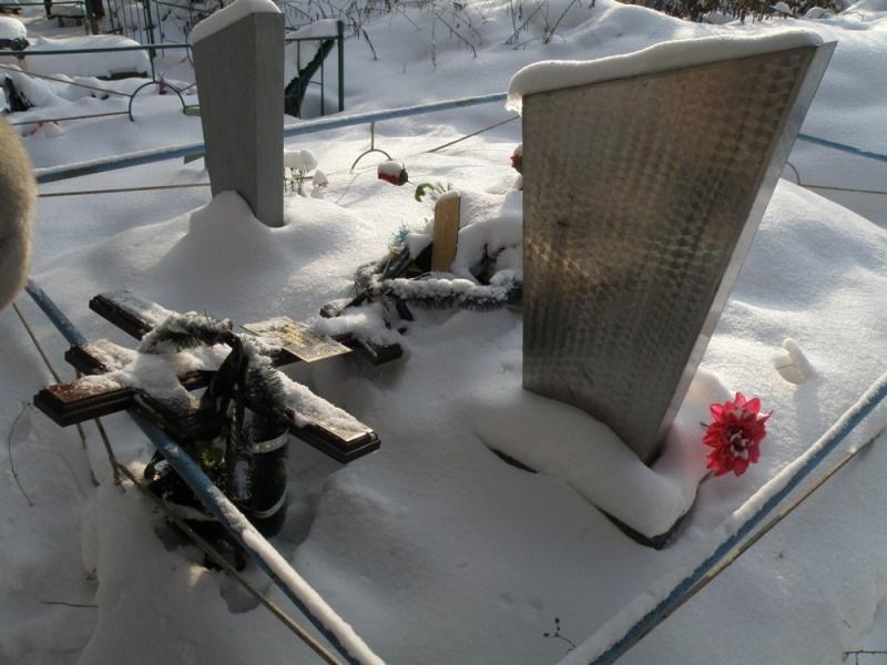Памятник на кладбище цены фото формула дивана гранитные памятники воронежа уфа