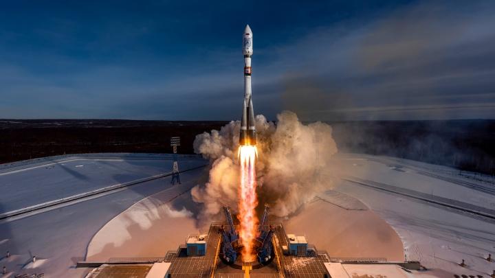 «Вывоз ракеты — это целая эпопея»: новосибирец снял старт ракеты «Союз»