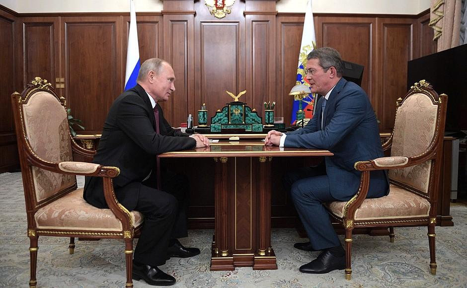 Рабочая встреча Владимира Путина и Радия Хабирова