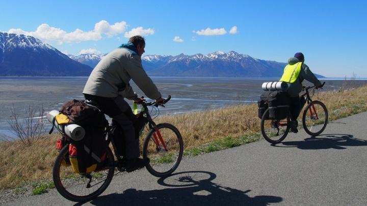 К медведям на велосипеде: 6 путешественников, которые исколесили мир на чем попало