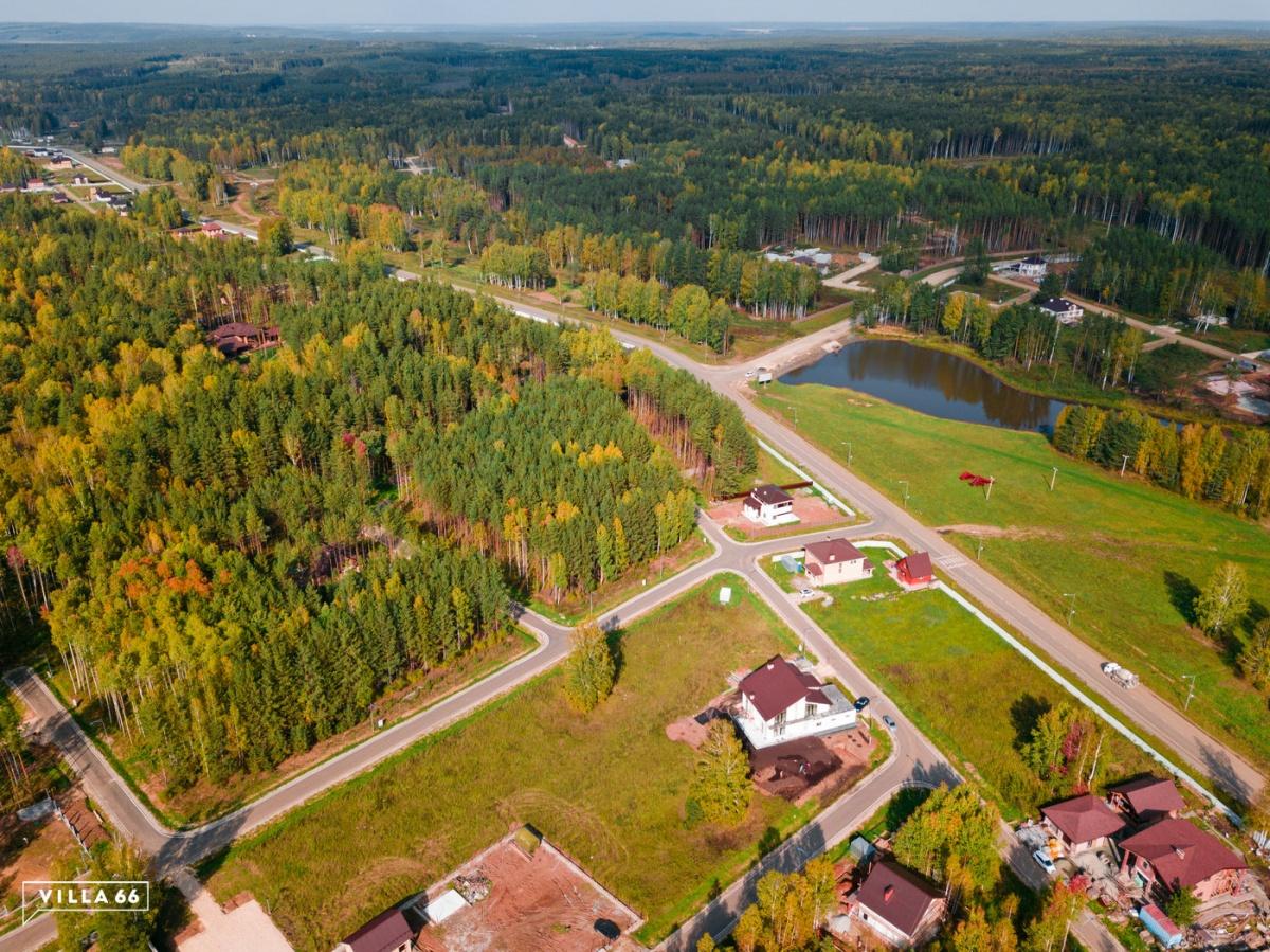 Мало соседей, природа и тишина: под Екатеринбургом открылся новый поселок