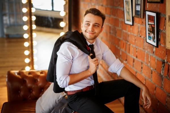 Антон Зайцев родился вНижнем Тагиле, но почти всю жизнь прожил в Екатеринбурге