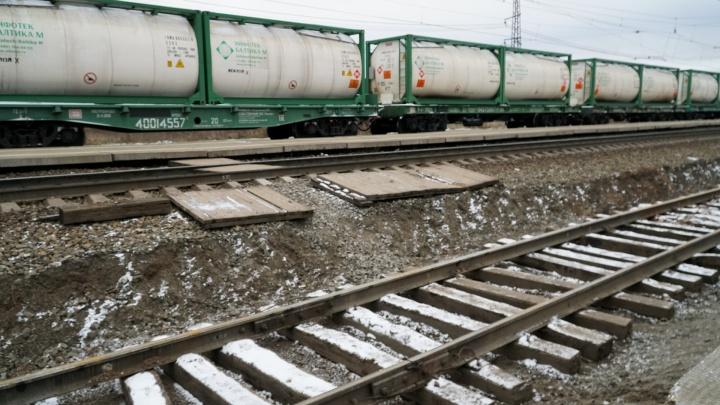 РЖД оштрафовали за отсутствие пешеходного перехода через пути на станции Мулянка