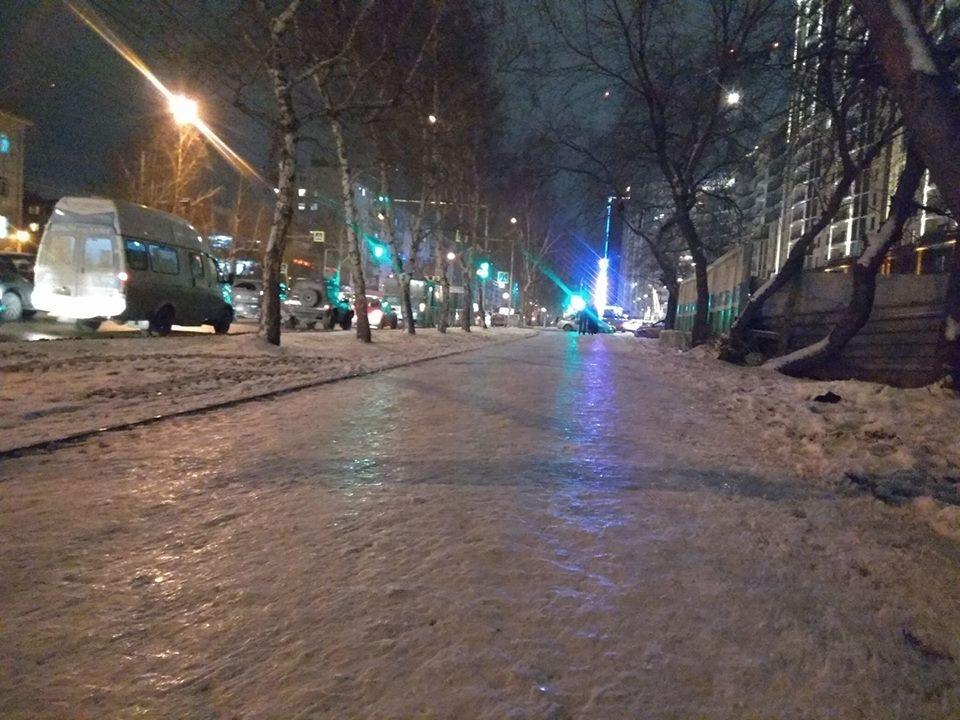 Тротуар на улице Дуси Ковальчук