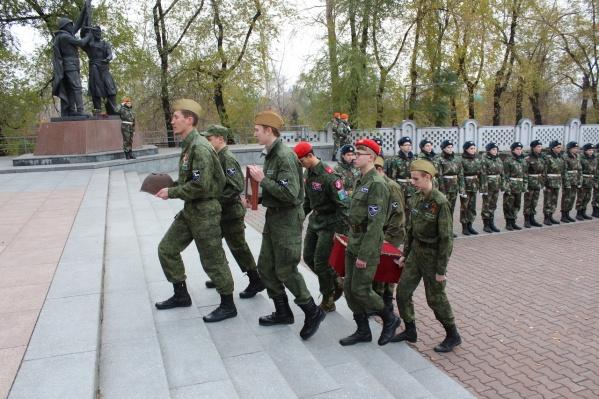 Передача останков сегодня с почестями прошла на Мемориале Победы
