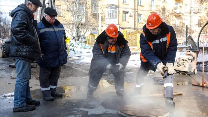 Второго затопления мы не переживем: в центре Волгограда кипяток заливает ателье