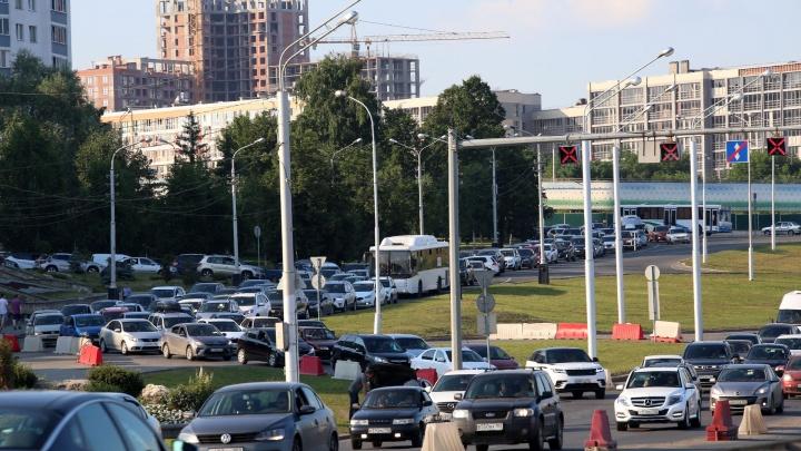 Новые технологии в транспортной жизни Уфы: в городе установят датчики интенсивности движения
