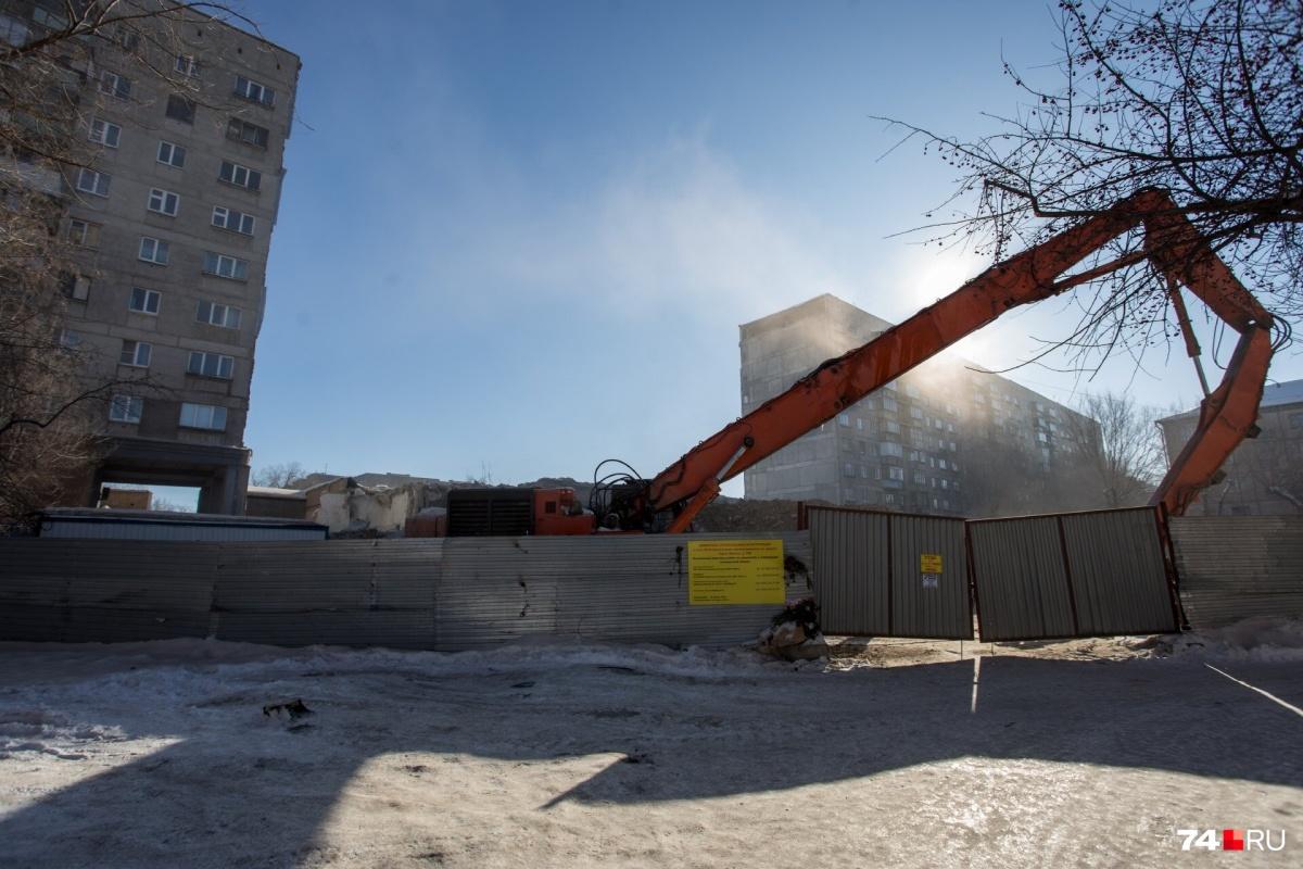 Оценка того, как демонтаж двух подъездов отразился на безопасности дома, завершится в марте