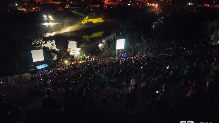 Душераздирающий Розенбаум и поющий Азаров: чем еще запомнился юбилейный Грушинский фестиваль