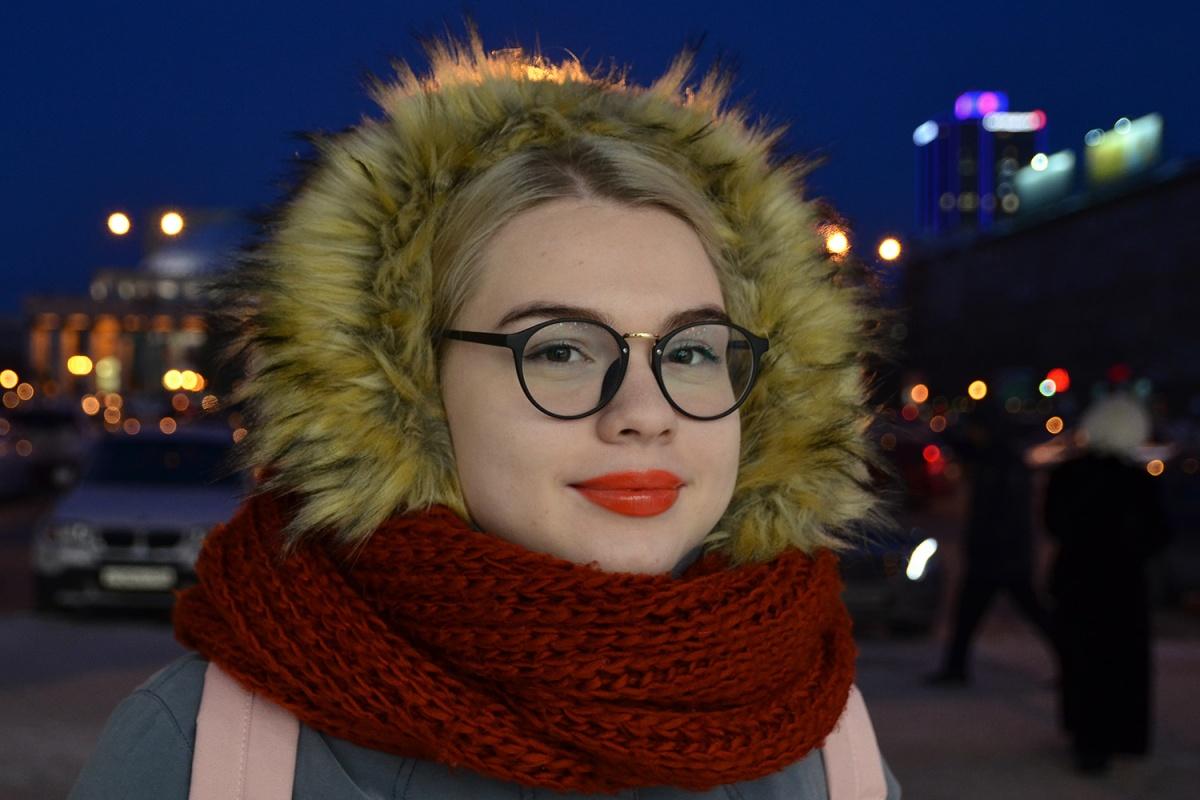 Мода улиц: девушки в оправе