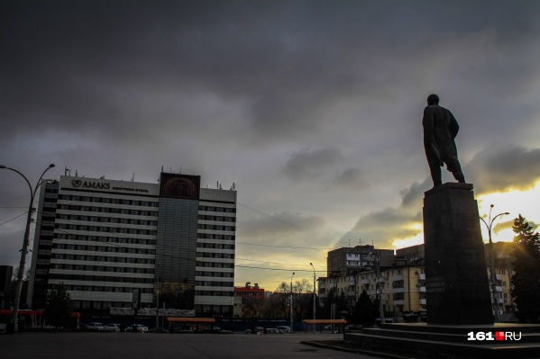 Высотку должны были построить на площади Ленина