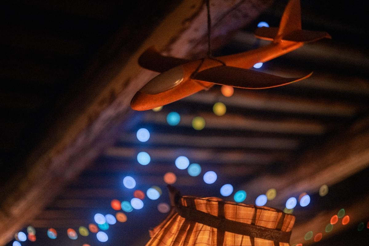 Екатеринбургский режиссёр выпустил трогательный новогодний фильм, который снял на питерских крышах