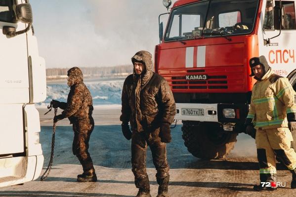 Пока серьезных случаев с замерзающими водителям в Тюменской области не происходило