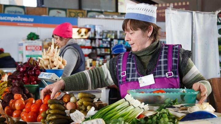 Глава Волгограда выделил фермерам 10% мест на рынках города