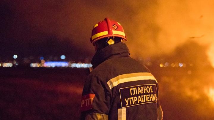 В пожаре на Портовой погибла 52-летняя женщина