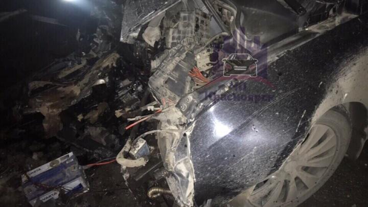 «Было похоже, что он заснул»: очевидец рассказал подробности смертельного ДТП на дивногорской трассе