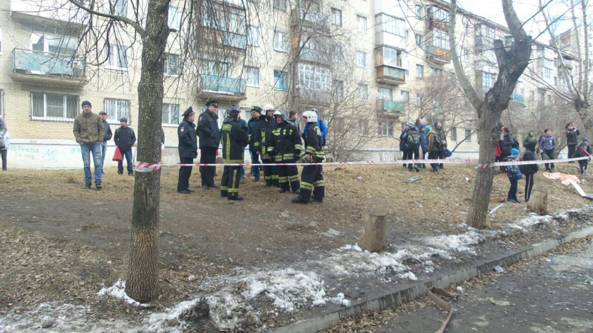 Кирпичи отлетели стекла выбило в квартирена Химмаше прогремел взрыв
