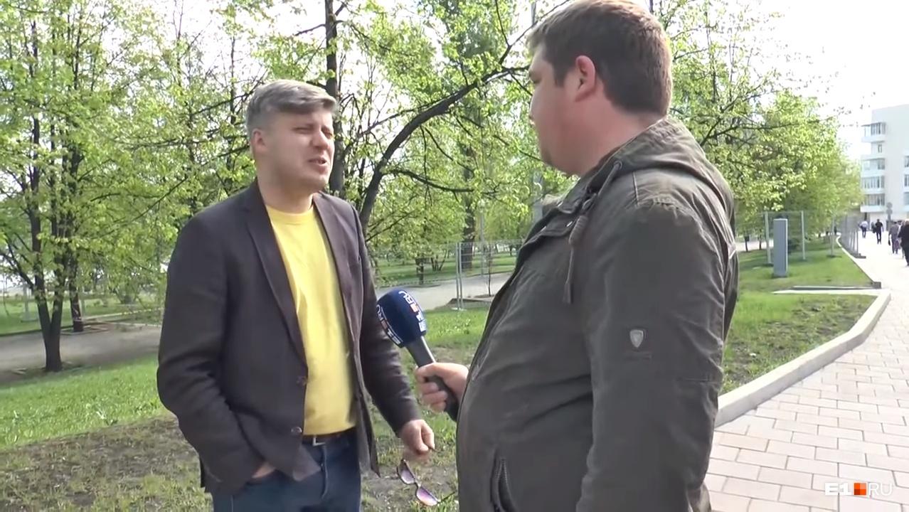 Денис Корнеевский считает, что здесь не лучшее место для храма.