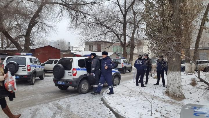 План «Перехват» снят: в Волгограде задержали водителя белого Mercedes, сбившего на «зебре» ребенка