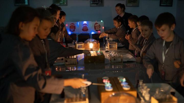 Опыты алхимиков и прикладное гаджетостроение: как подарить ребенку крутой Новый год
