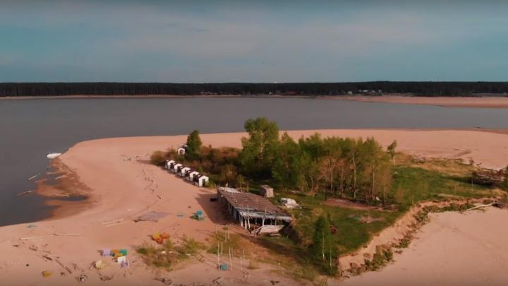 Не нужен нам берег турецкий: новосибирец снял красивое видео с пустынными пляжами Обского моря