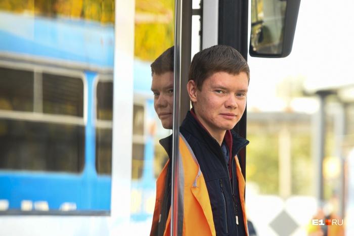 29-летний Сергей Беляев теперь официально лучший водитель трамвая в России