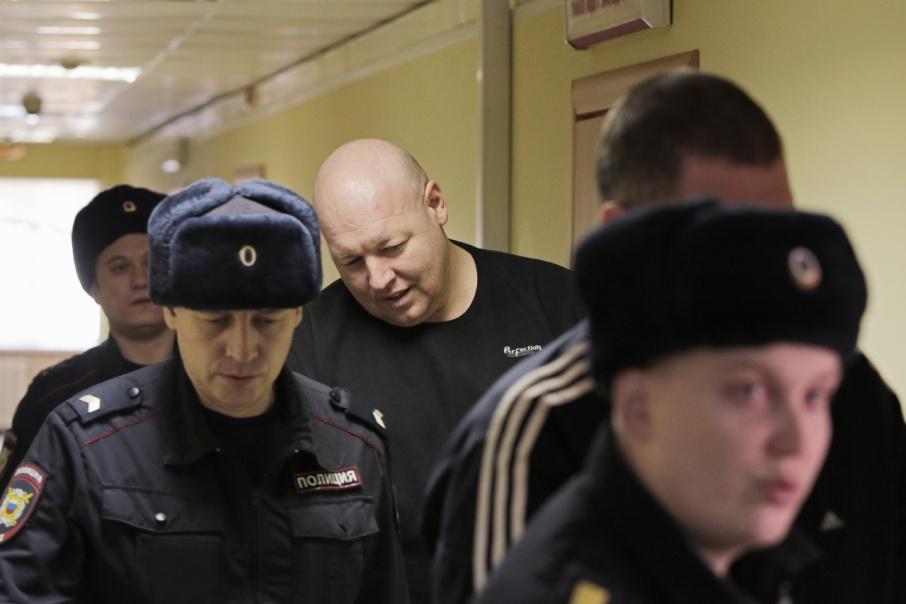 По мнению следствия, Вячеслав Лобко стрелял в юриста из засады