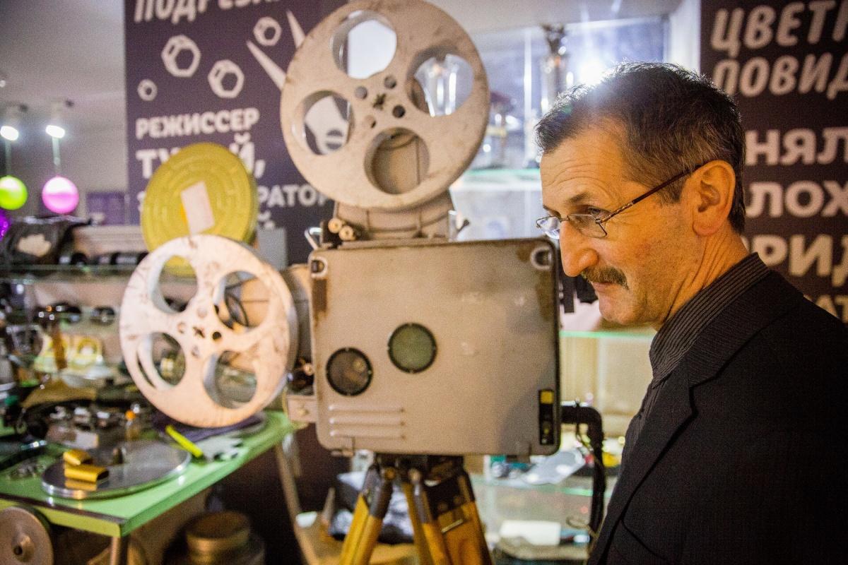 Бывший сотрудник«Западно-Сибирской киностудии» Анатолий Антонов сегодня собирает архивные видео о Новосибирске для Музея документального кино