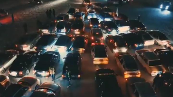 «Безопасных дорог в новом году»: главный госавтоинспектор поздравил водителей Башкирии с праздником