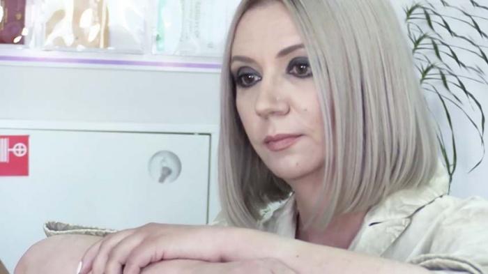 По российским больницам ездит медицинский журналист Оксана Константиновна (Щербакова)