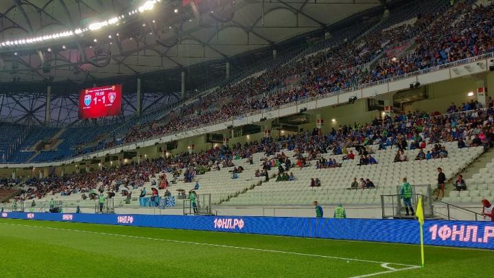 Не страшит даже потоп: домашний матч волгоградского «Ротора» посмотрели больше 12 тысяч болельщиков