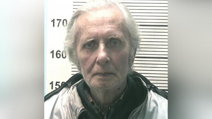 В куртке — записка с именем и адресом. В Перми два месяца ищут 77-летнего пенсионера
