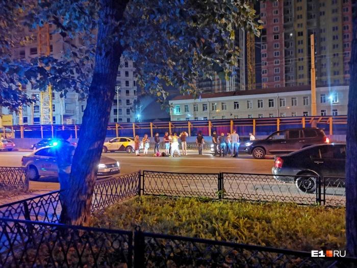ДТП произошлона улице Белинского, недалеко от перекрестка с Авиационной