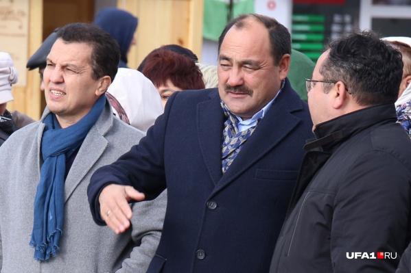 Сынтимир Биктимирович в прошлом— министр образования РБ