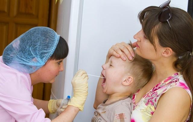 В Шадринске за неделю зарегистрировали 699 случаев ОРВИ, два человека заболели гриппом