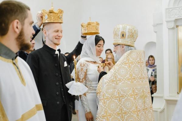 Богослужение на венчании своего сына Ильи