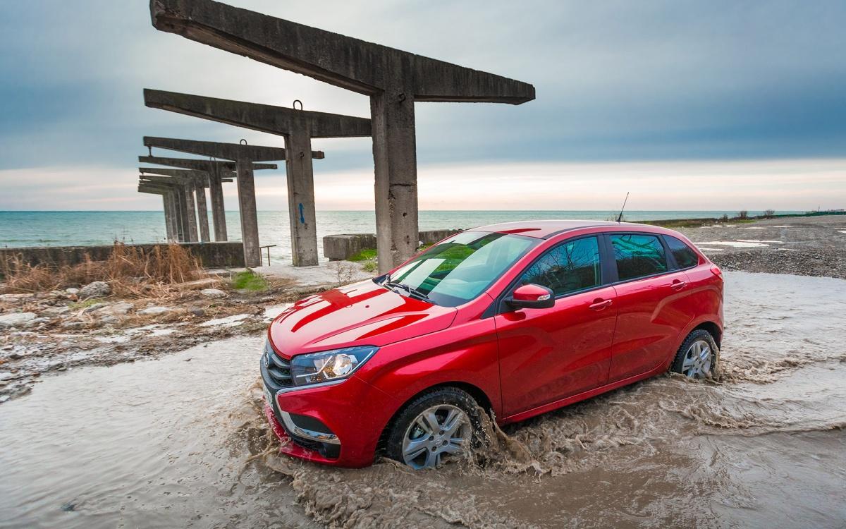 Стартовая цена на машину составляет 589 900  рублей