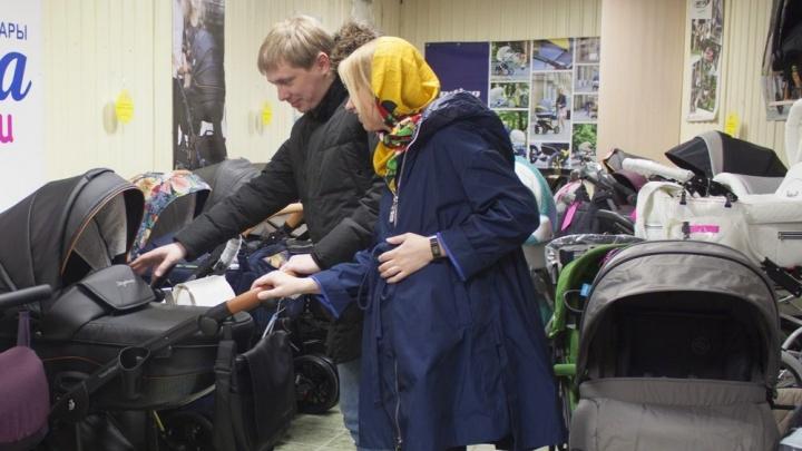 В новосибирском магазине появились новые модели детских колясок