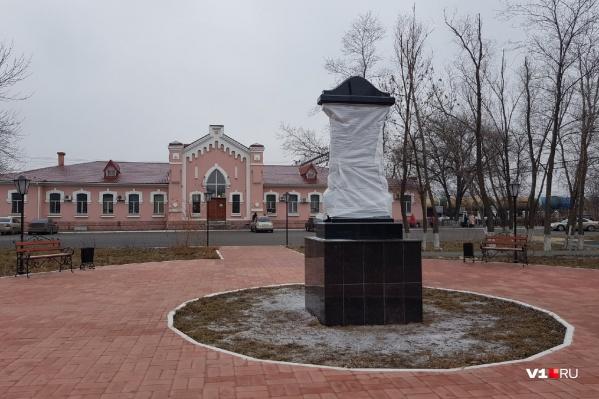 Прилегающую к вокзалу территорию привели в порядок администрация и РЖД
