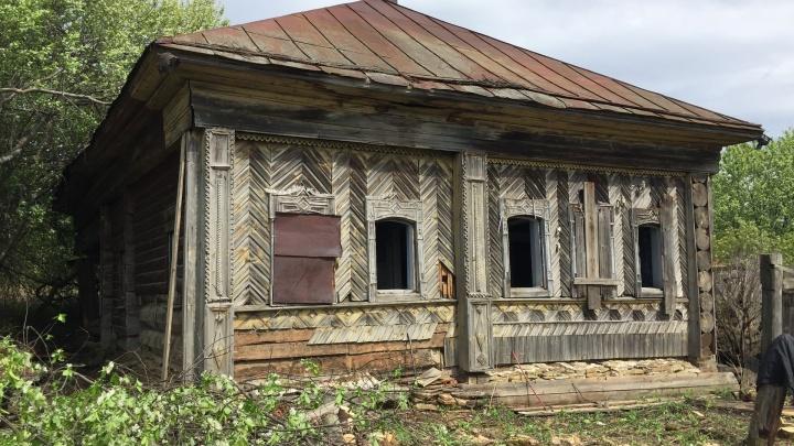 В Прикамье столетний дом разберут на брёвна, чтобы перевезти в музей Хохловка