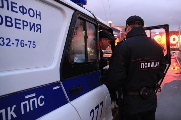 Полицейские начали погоню на Большевистской, а закончили на Лескова