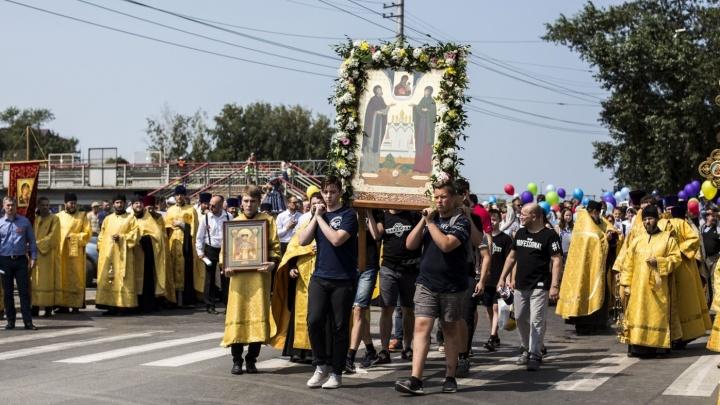 Улицы в центре Новосибирска перекроют ради крестного хода с мощами святых