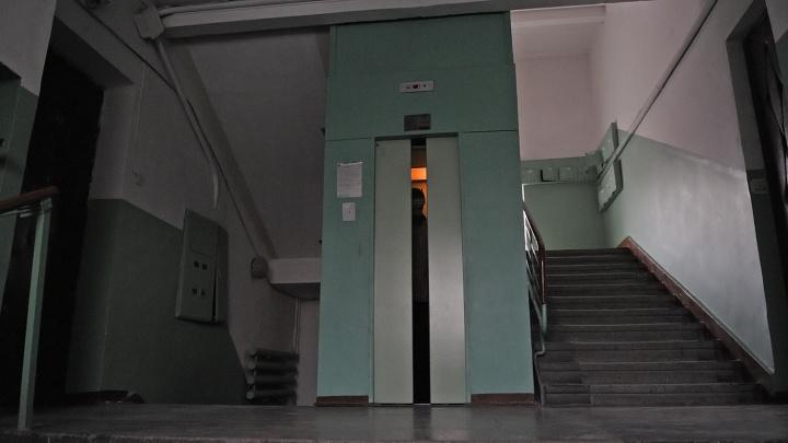 Часть многоэтажек в Кировском районе оставят без лифтов в новогоднюю ночь