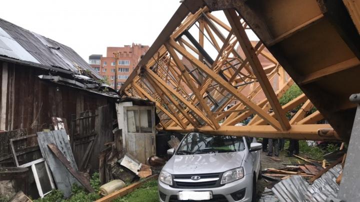 Следственный комитет начал проверку из-за падения башенного крана в Перми