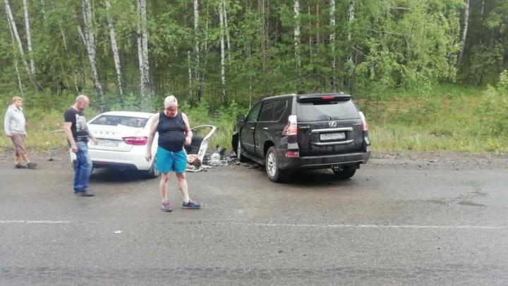 Владелец Среднеуральской птицефабрики попал в ДТП, есть раненые