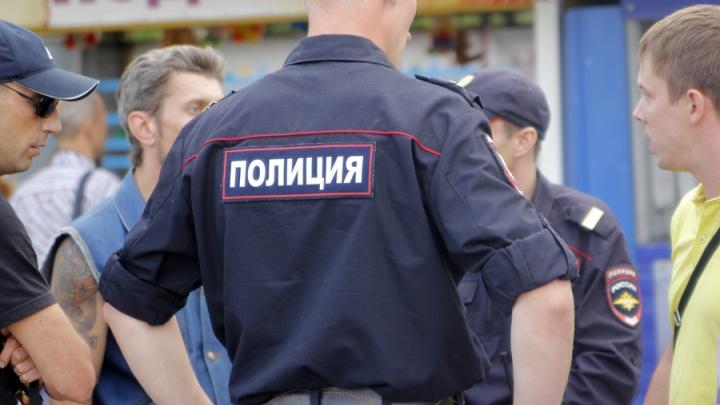 Женщину, расцарапавшую лицо полицейскому, приговорили к восьми месяцам принудительных работ