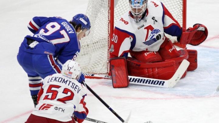 «Локомотив» вырвал в матче плей-офф победу у победителя регулярного чемпионата КХЛ