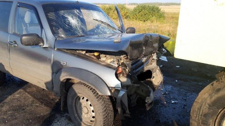 В Зауралье пьяный водитель врезался в каток