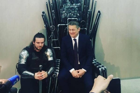 Кажется, врио главы комфортно на троне Семи Королевств